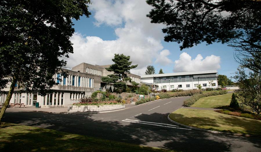 Колледж в Эдинбурге