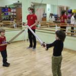 Бои на мечах для детей